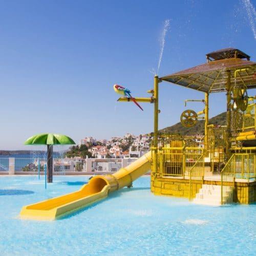Carema Club Resort 04